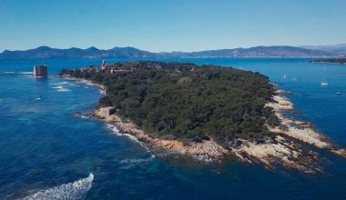 Drone Clip | Saint Honorat